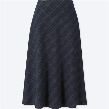 ユニクロのレディースのチェックフレアスカート(ハイウエスト・丈標準71~74cm)のダークグリーン