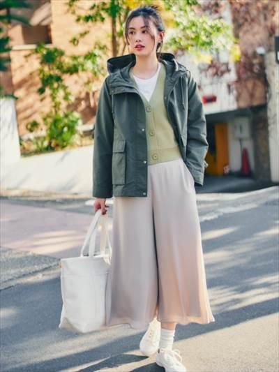 ユニクロのシフォンスリットスカートパンツ(丈標準49~51cm)